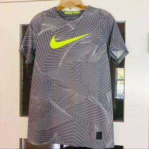 Nike dri fit like new boys! Super cool SZ XL